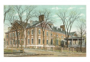 The Harvard Union, from a period postcard. Note that the breakfast room on the far right was originally open to the air. The Crimson Offices are on the far left, on Quincy Street
